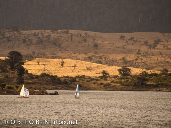 Sailing On Lake Jindabyne